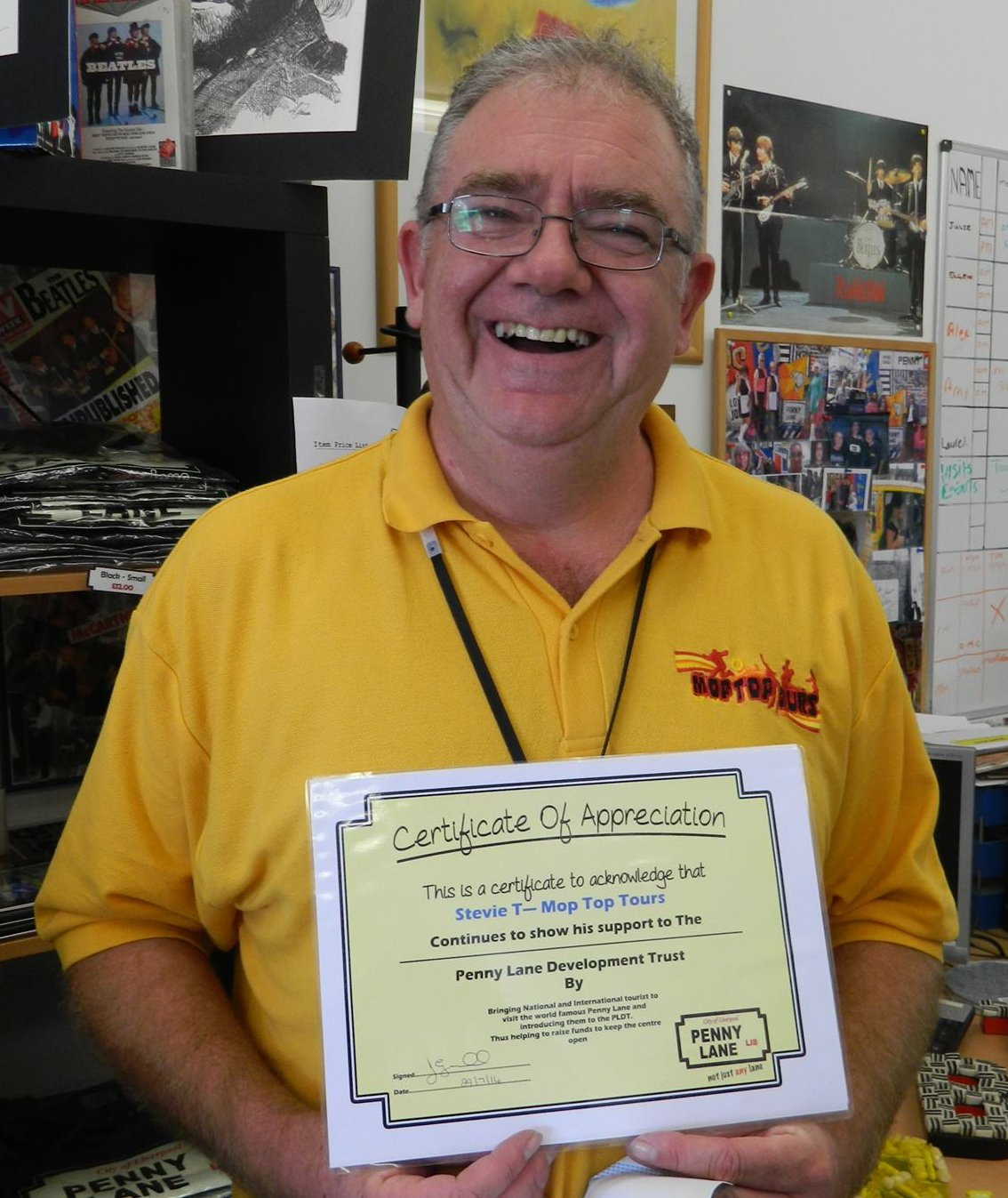Steve with his certificate of appreciation from PLDT